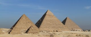 pyramide sable egypte