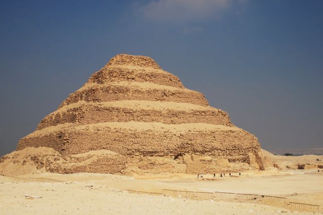 pyramide Egypte sable