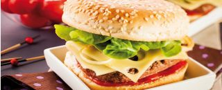 hamburger fromage salade
