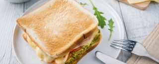 sandwich fromage salade